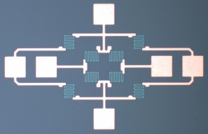 Blick von oben auf den Prototyp eines zweidimensionalen Magnetsensors. © Fraunhofer ENAS