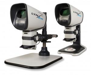 Das neue Stereomikroskop LynxEVO ist in der Tischstativ-Variante und in der Multi-Axis Säulenständer-Version erhältlich.