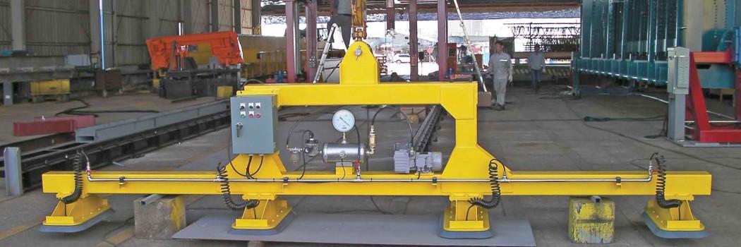 Automatisierung mit FIPA: Vakuumtraverse hebt 1 Tonne Stahl