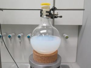 Synthese von Silika-Nanopartikeln. © Fraunhofer LBF