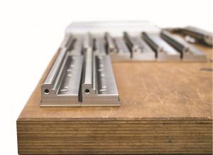 Bild 2: Mit der Mikron 6x6 reduziert die Franz Stankalla GmbH ihre Produktionsfläche von drei auf eine Maschine, mit zwei anstatt fünf Aufspannungen. Sie fertigt auf der Mikron 6x6 Teile aus hoch legiertem Stahl