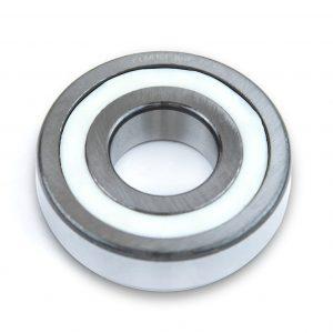 3. Ein polymerer Festschmierstoff eliminiert die mit Schmierfett in Kugellagern verbundenen Probleme.